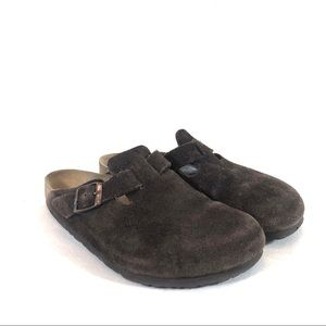 Birkenstock Boston Suede Leather Clogs in Mocha